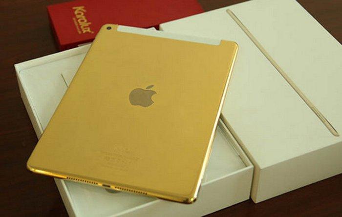 آی پد ایر ۲ با پوشش طلا