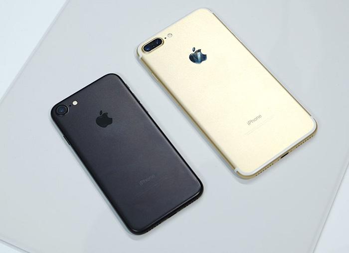 گوشی پرچمدار آیفون ۸ شرکت اپل با شاسی فولادی ضد زنگ توسعه مییابد