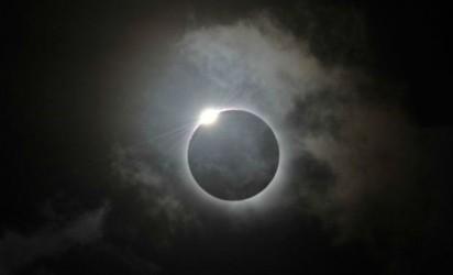 lunar-eclipse-tomorrow_0