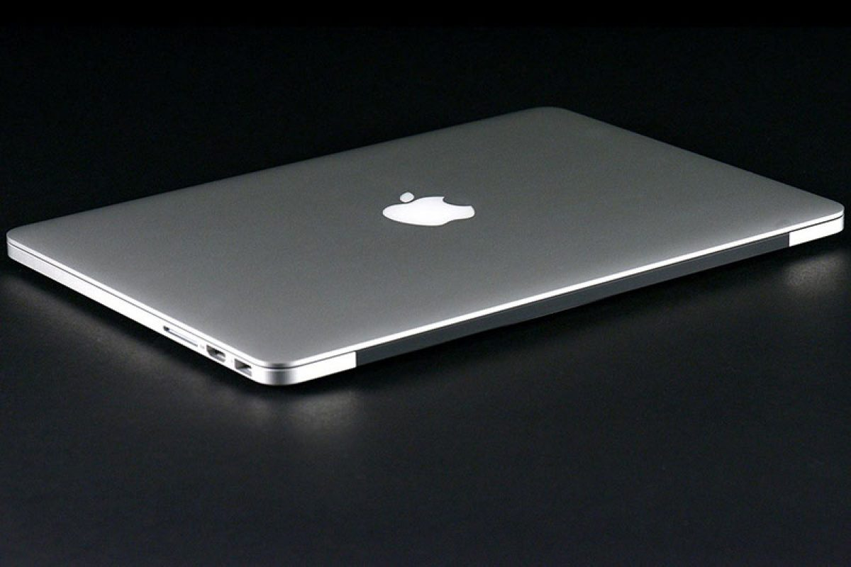macbook-pro-13-2013-back-side-angle