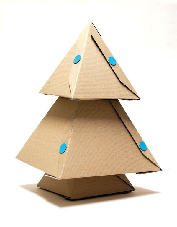 makedo-mini-cardboard-christmas-tree