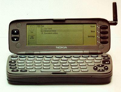 اولین تلفن همراه با قابلیت دسترسی به اینترنت