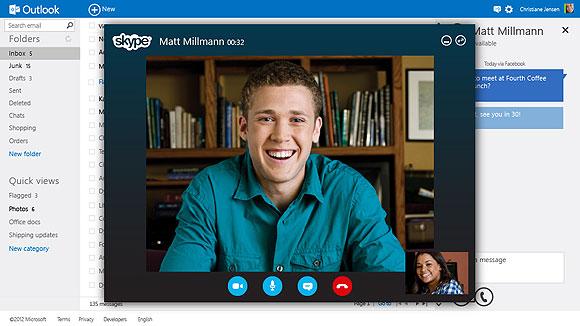 مایکروسافت برای رقابت با Gmail، سرویس Outlook.com را با امکاناتی جالب عرضه کرد