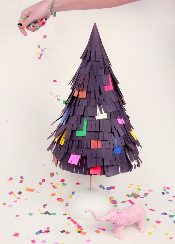 pinata-christmas-tree