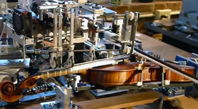 رباتی که از شما بهتر ویولون می نوازد