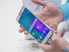 samsung-galaxy-e7-hands-on-6.JPG