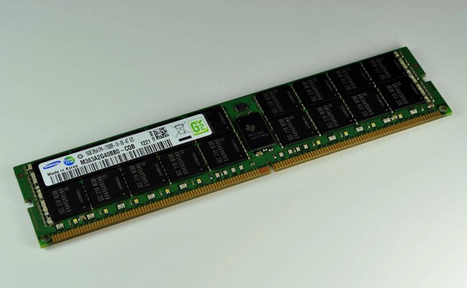 اولین حافظه های16 گیگابایتی DDR4 برای سرورها توسط سامسونگ عرضه می شود