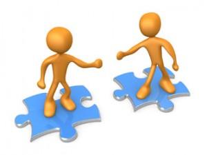 sharing work 300x225 یک راهکار موثر برای افزایش درآمد ناشی از فروش: همکاری بیشتر با تیم بازاریابی اخبار IT