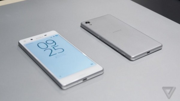 sony-xperia-x-mwc-2016-hands-on-james-vincent-4-0-620x349