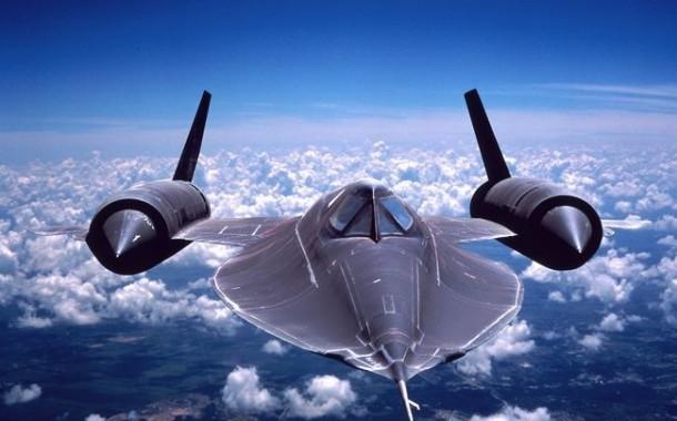 پرواز پرنده سیاه آمریکایی در آسمان؛ همه آنچه باید در مورد هواپیمای SR-71 بدانید