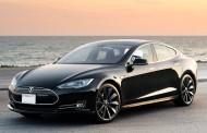 تسلا قول داد نگرانی دارندگان خودرو الکتریکی سری S را در روز ۱۹ مارچ رفع کند