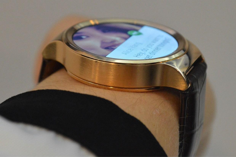 عرضه ساعت هوشمند Huawei با پشتیبانی از IOS 8.0