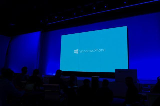 ویندوز فون 8 عرضه شد