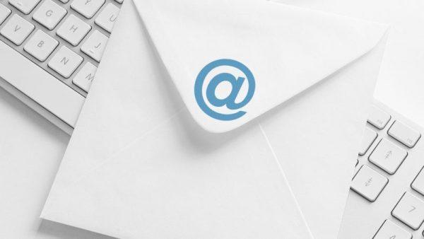 11 24 600x338 - ۳ روش برای قرار دادن عکس در ایمیل