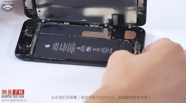 ۴-apple-iphone-7-teardown-1024x569
