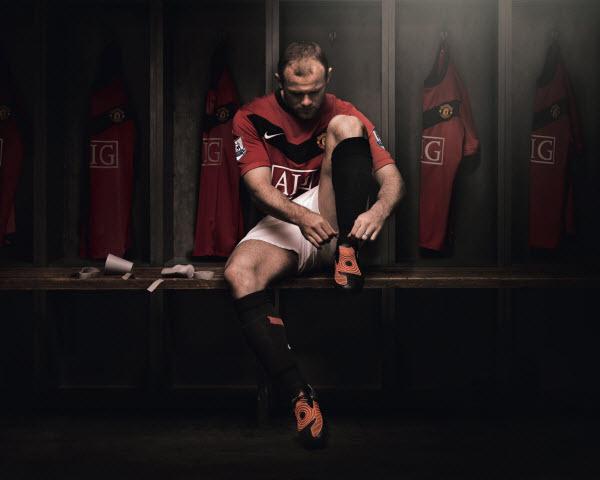 علاقمندان به ورزش هم می توانند از عکس های جذاب بازیکنان مورد نظر و مورد علاقه خود به عنوان عکس تصویر زمینه استفاده کنند و موفقیت را از آن ها بیاموزند