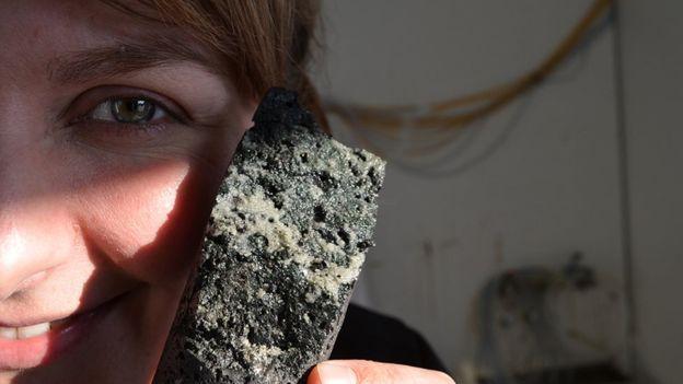 تبدیل دی اکسید کربن به سنگ