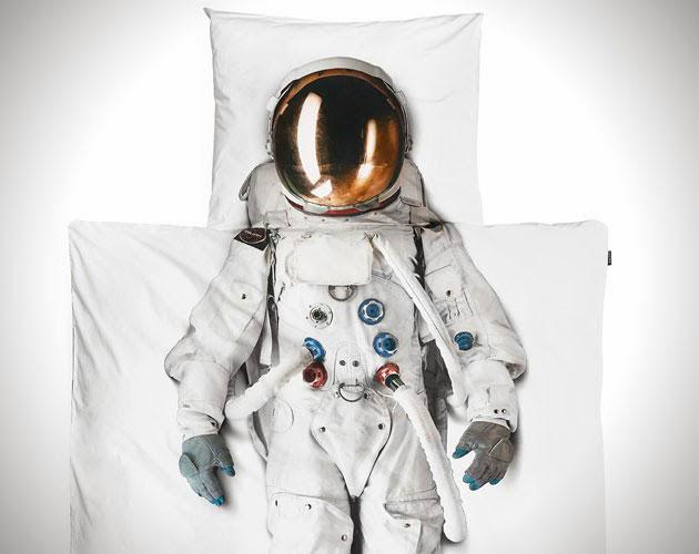 دانستنی های لباس فضانوردی