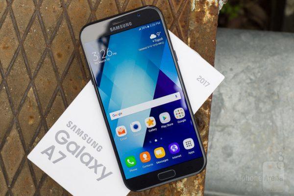افزودن قابلیت فوکوس سلفی در گوشیهای  Galaxy A5 و Galaxy A7 مدل ۲۰۱۷
