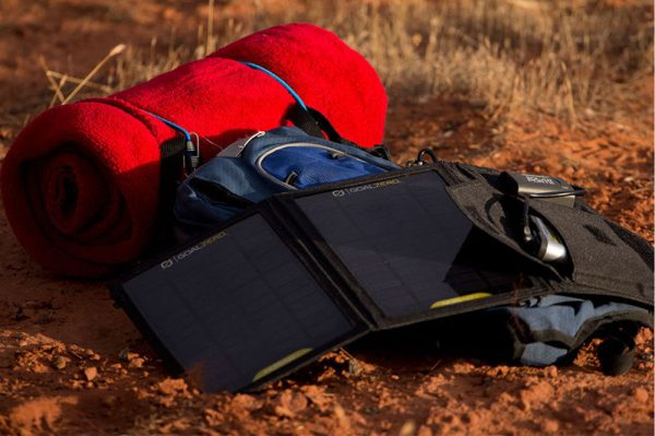 پاوربانک خورشیدی چیست؟ + ۵ پاوربانک خورشیدی برتر