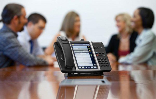 سیستم VoIP: چرا دیجیتالی شدن بهتر از آنالوگ است؟