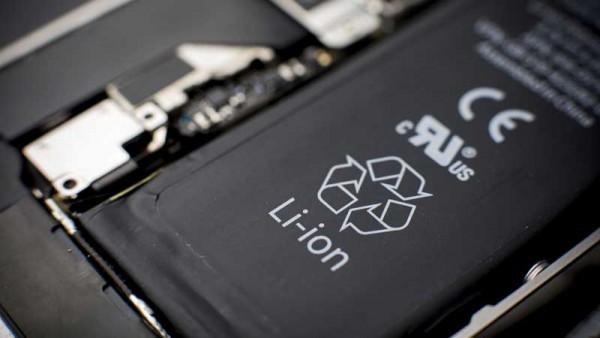 علائم خطرناک باتری موبایل و لپتاپ که منجر به انفجار می شوند