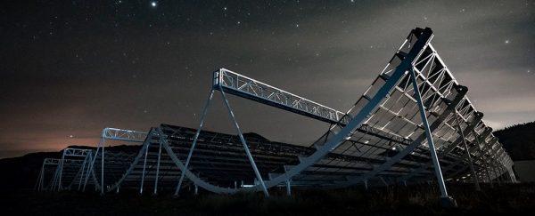 ویدئوی حیرت انگیز از تلسکوپ CHIME برای شکار ماده تاریک