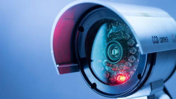 فروش و نصب انواع دوربین مداربسته در فروشگاه ایمن سازگار
