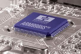 بررسی پردازنده های ARM