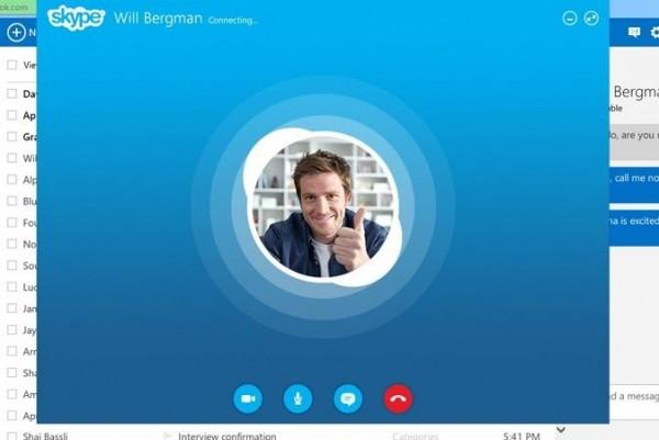screen_skypeoutlookcalling_web-cropped-674x450