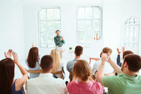 برای اجرای سخنرانی حرفه ای چه کارهایی نباید کرد؟ ( قسمت دوم )